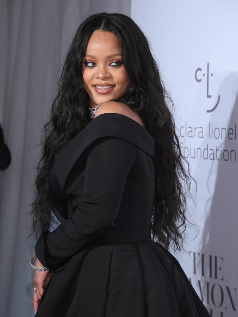 """Updated 10"""" - 24"""" Available Pre-plucked Hairline Rihanna Inspired Long Wavy In Stock Full Lace Virgin Human Hair Wig"""